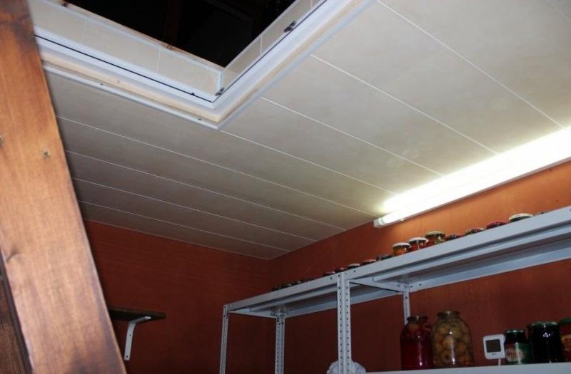 как утеплить потолок погреба изнутри от промерзания