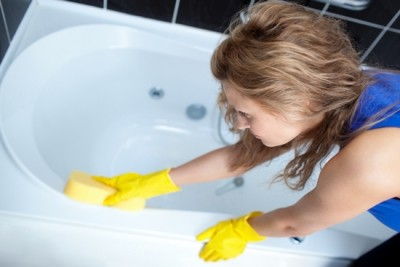 Способы удаления ржавчины с ванны