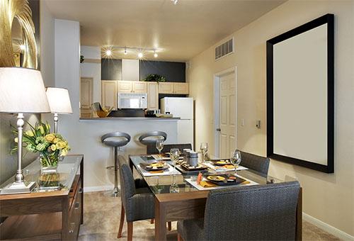 Как сделать столовую зону на небольшой кухне?