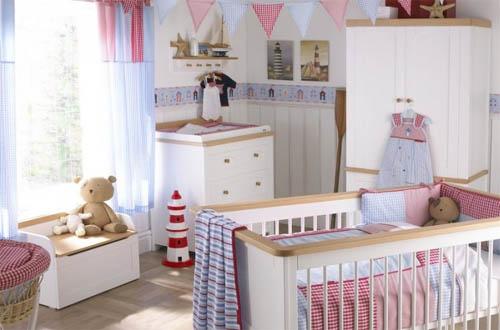 Комната для новорожденного: обстановка и интерьер
