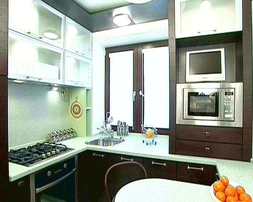 Интерьер 6 метровой кухни: рациональность и практичность — во главе угла