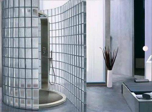 Ванная со стеклянными стенами