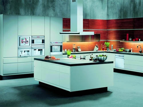 Как оформить просторную кухню