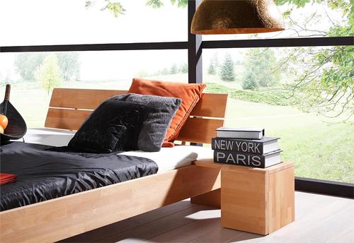 Как оформить спальню в эко-стиле?